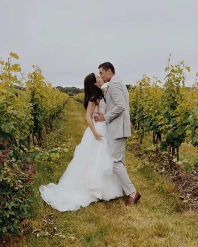 Saltwater Farm Vineyard Weddings 1
