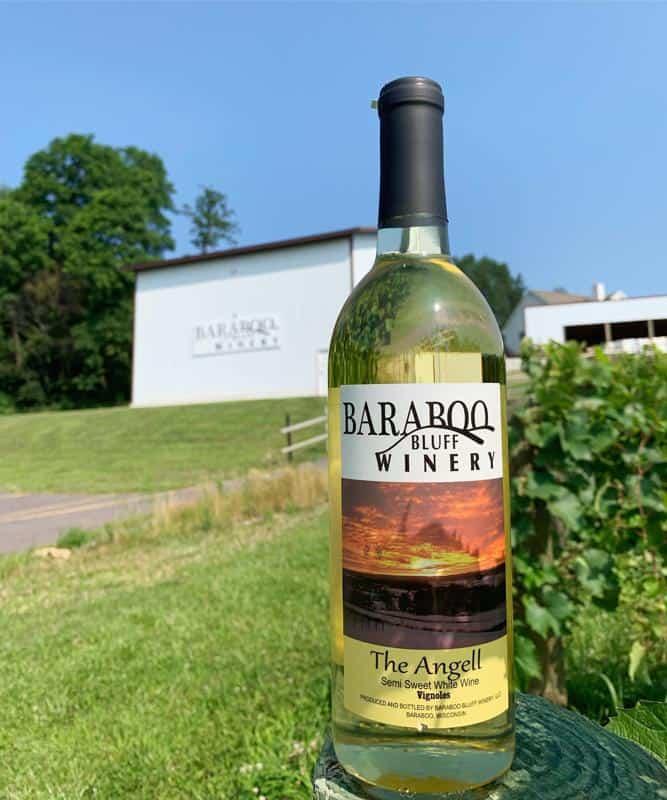 Baraboo Bluff Winery 3