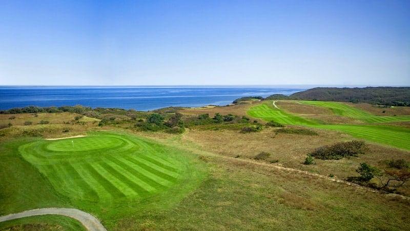 Golf at Highland Links