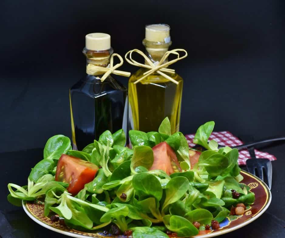 What is White Wine Vinegar