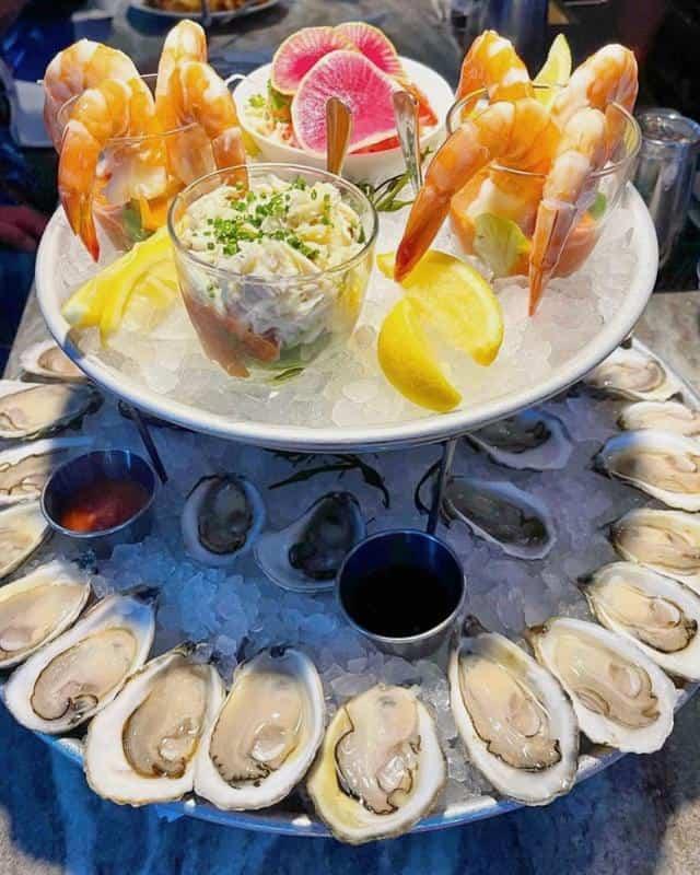 CRU Nantucket Oyster Bar 2